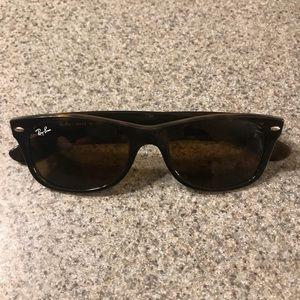 Ray Ban Wayfare polarized sunglasses